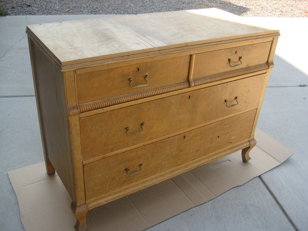 Baby nursery changing dresser / table woodworking plans